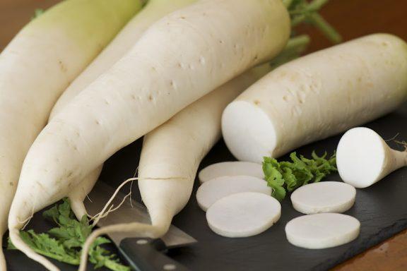 Manfaat Lobak Putih Untuk Menyembuhkan Kolestrol