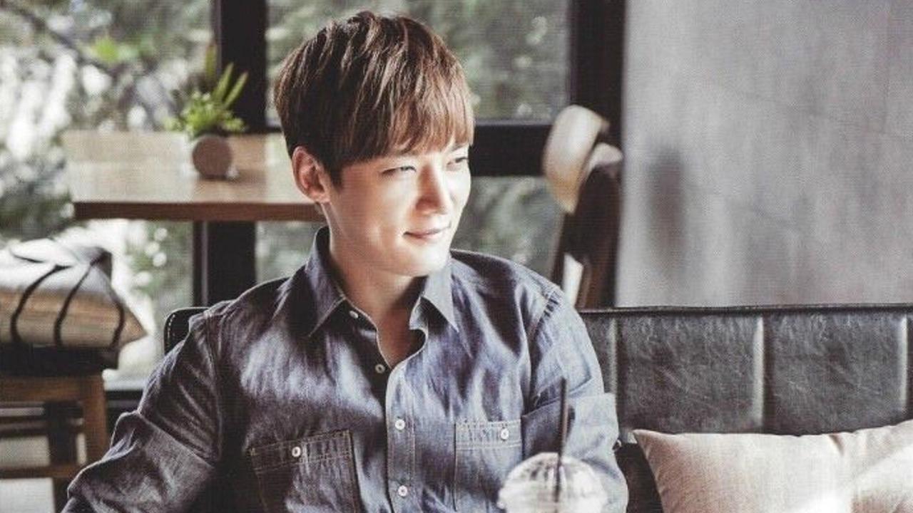 Choi Jin Hyuk Memakai Perban Saat Merilis Drama Terbarunya Setelah Mengalami Kecelakaan