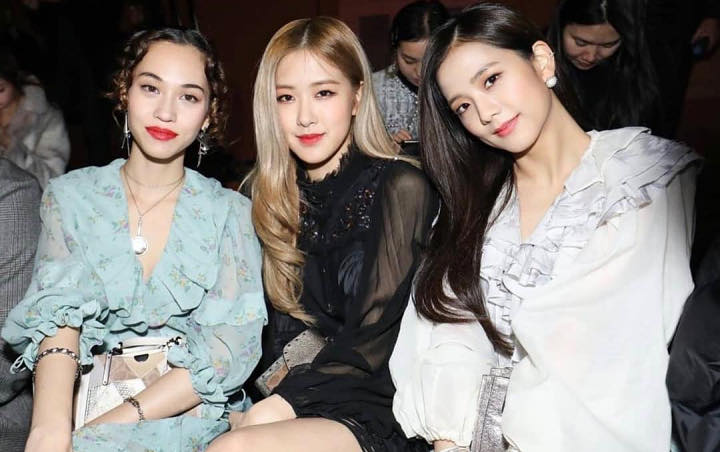 Jisoo Dan Rose Nempel Terus Dengan Kiko Mizuhara Di Acara Fashion Shanghai