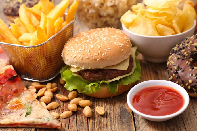 Berikut Makanan Yang Dapat Membuat Daya Ingat Menurun